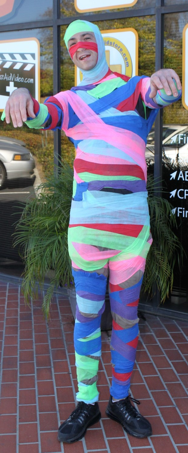 Make yourself a Rainbow Mummy Costume!