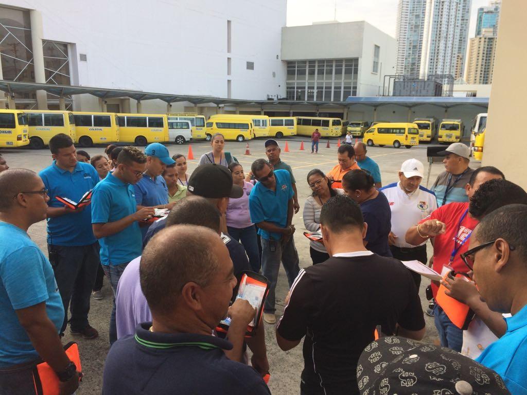 Panama-School-Buses-2