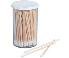 Image of emergency / first aid cotton tipped applicators.